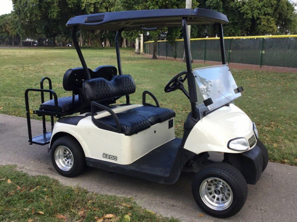 fast 2012 Ezgo golf cart