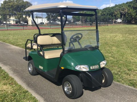 very nice 2013 EZGO golf cart for sale
