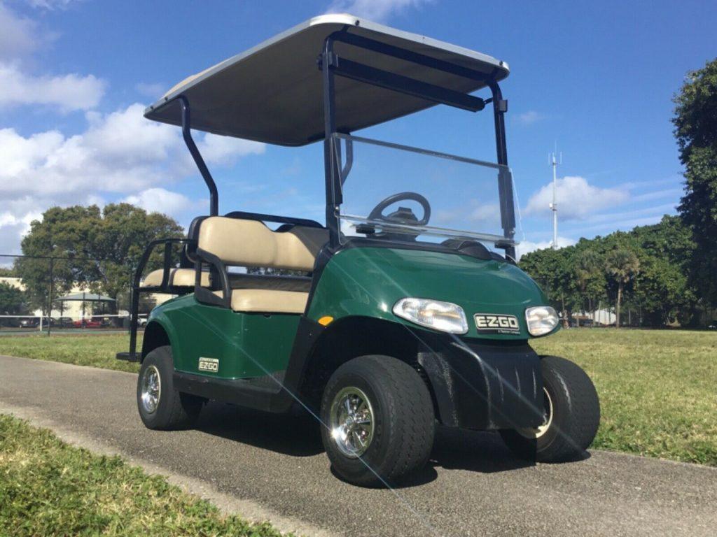 very nice 2013 EZGO golf cart
