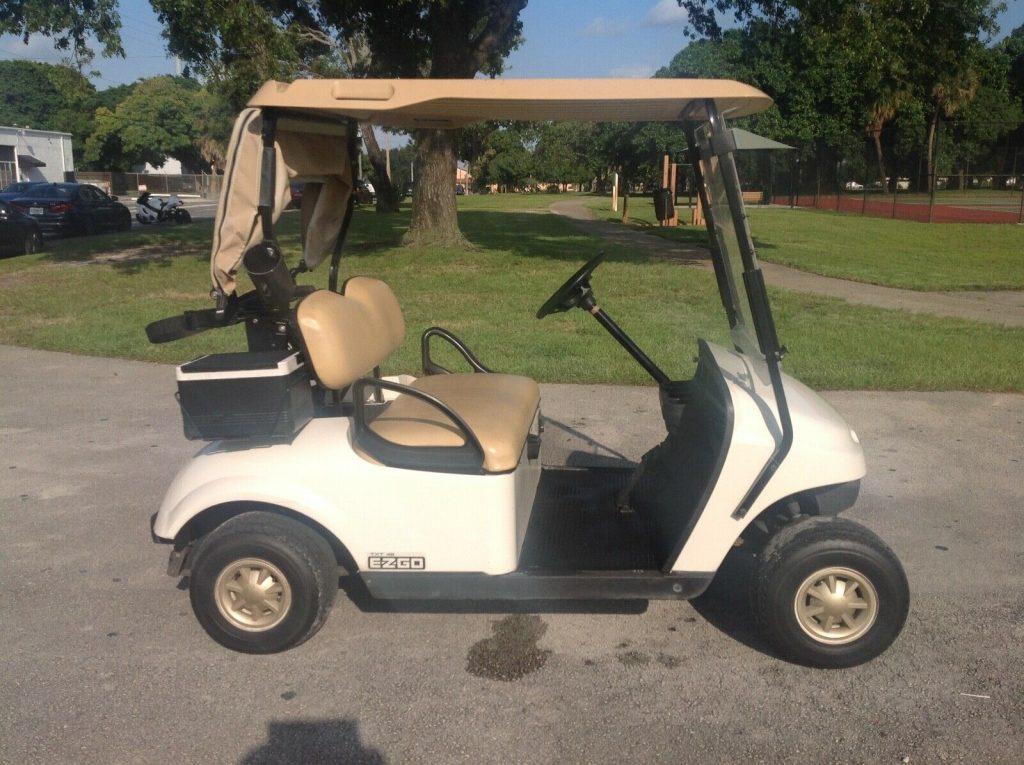 good shape 2016 EZGO golf cart