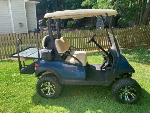 Lifted 2016 Club Car Precedent Golf Cart for sale