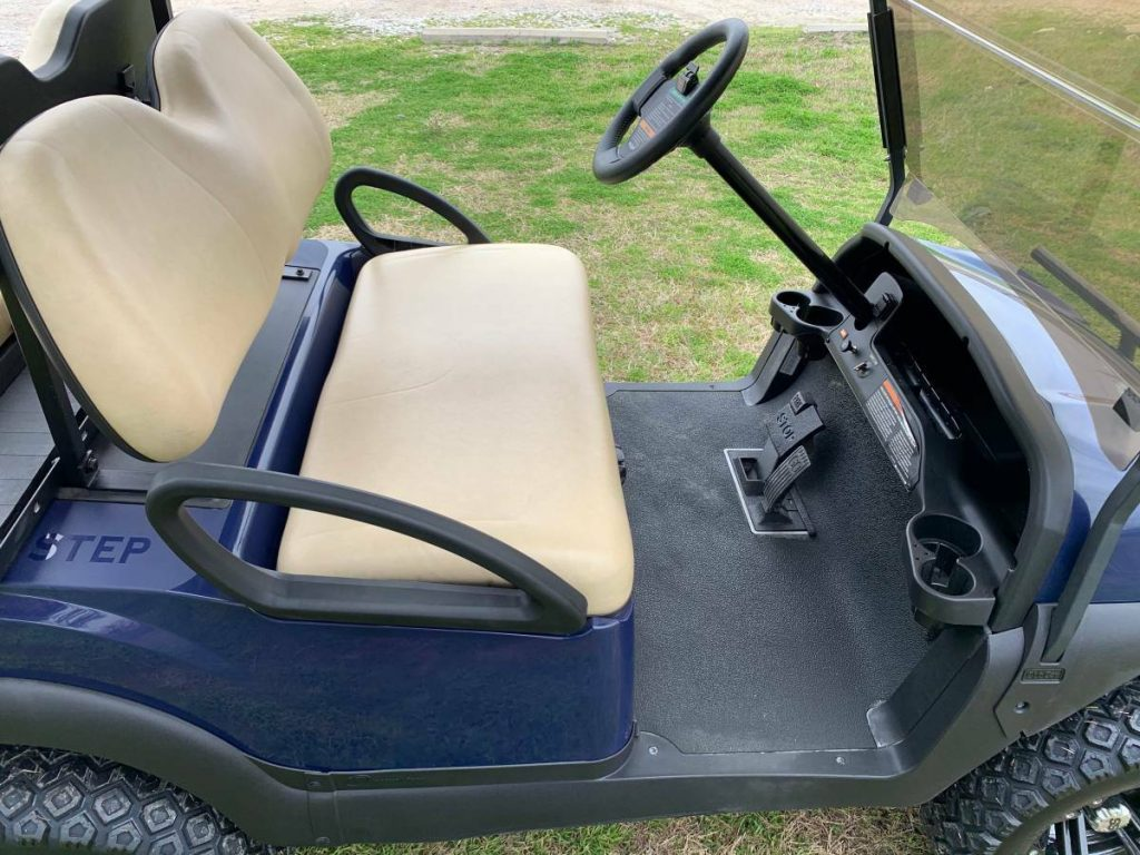 Lifted 2018 Club Car golf cart