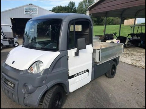 Dump Bed 2010 Columbia Parcar Golf Cart for sale