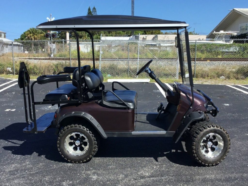 lifted 2009 EZGO golf cart