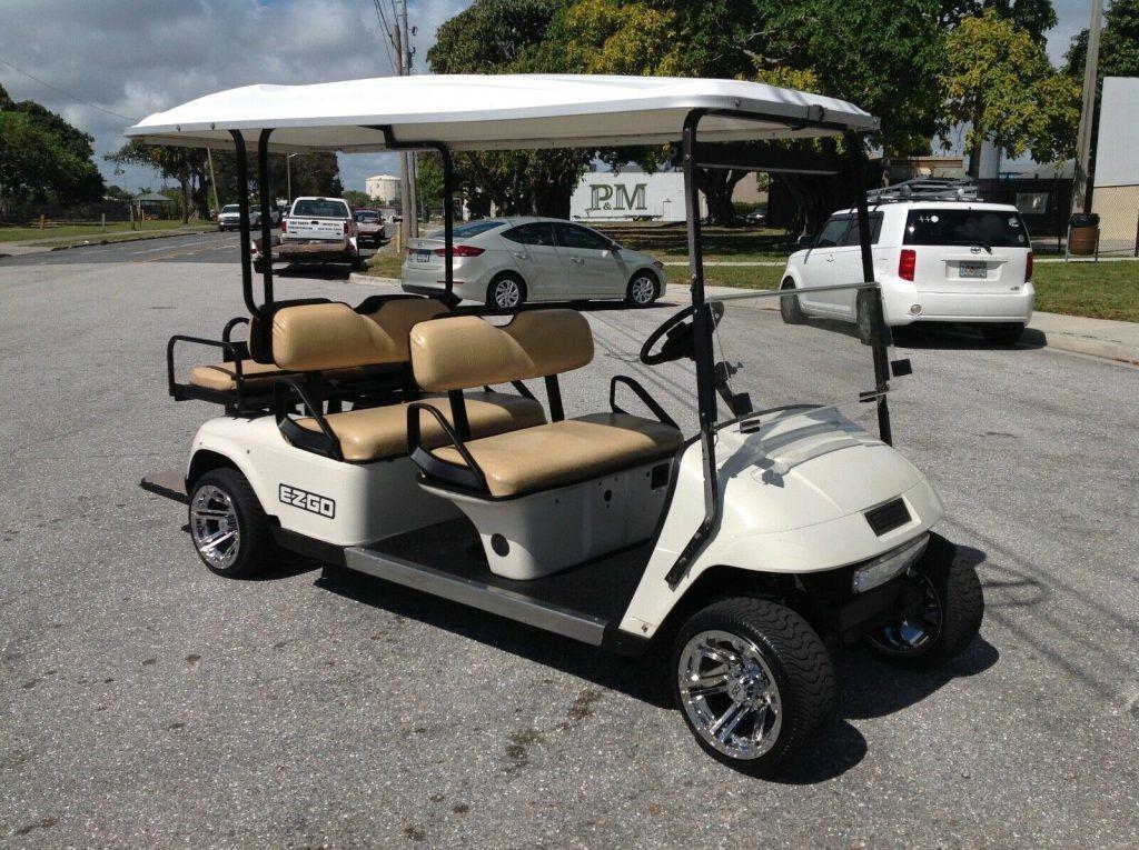 nice 2011 EZGO golf cart