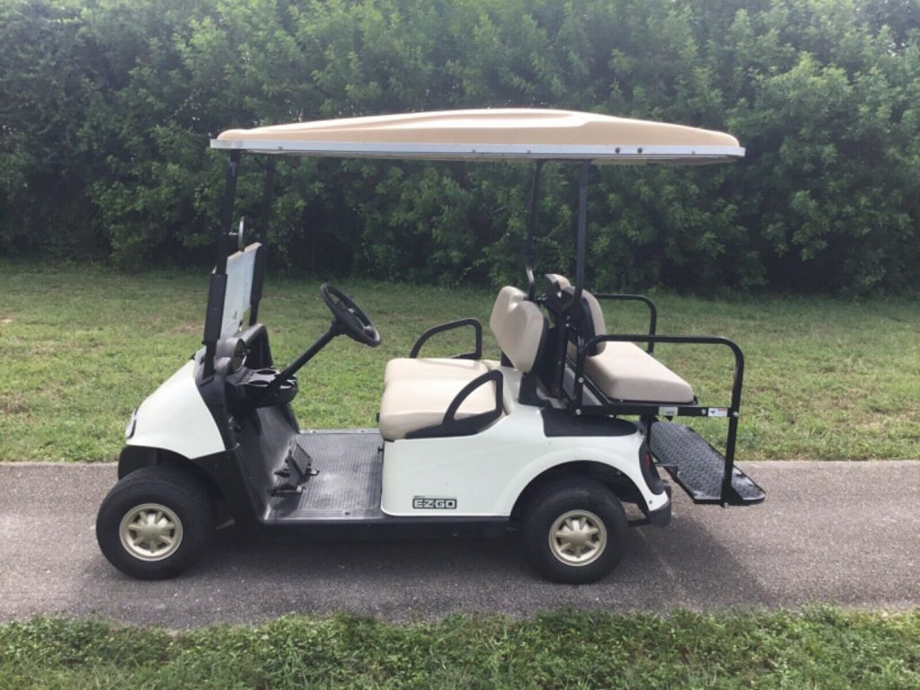 nice 2008 Ezgo golf cart